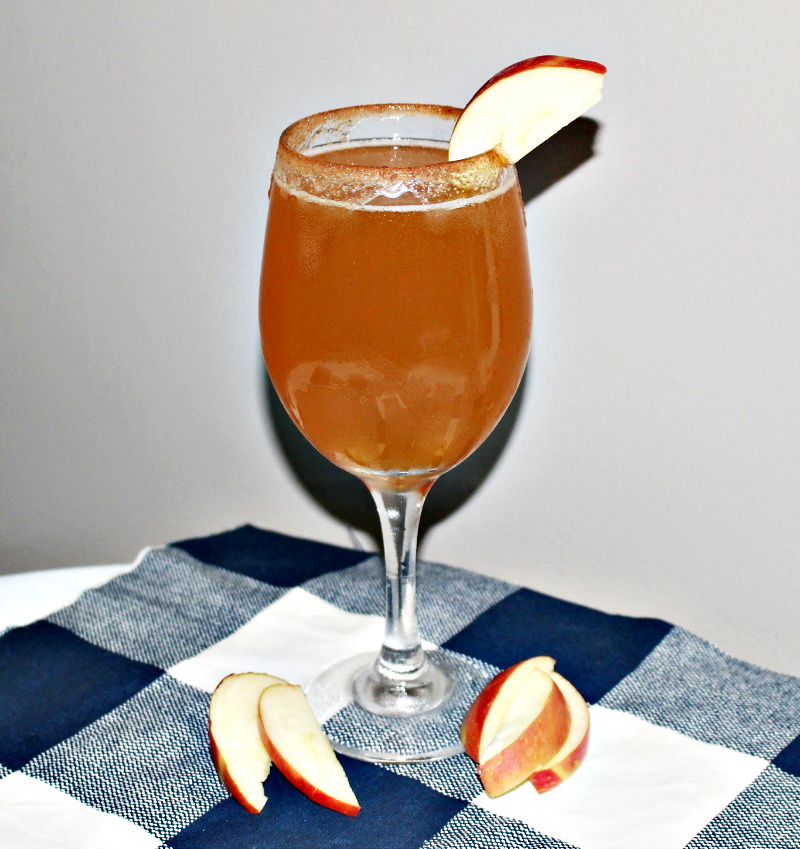 Make A Delicious New Hampshire Spiked Apple Cider Cocktail