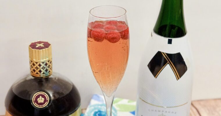 How To Make A Perfect Raspberry Kir Royale Champagne Cocktail