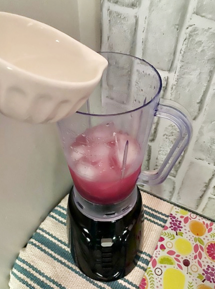 svedka poured in blender