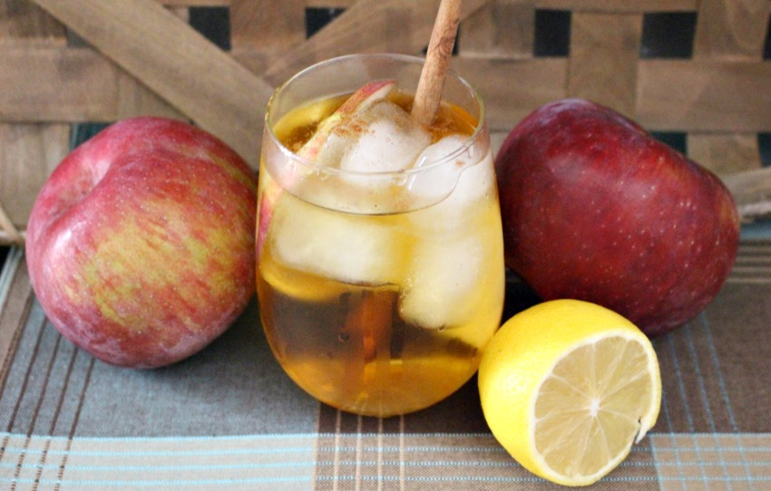 make an apple cider mezcal margarita