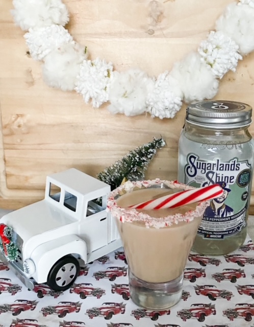 How To Make A Rich And Creamy Peppermint White Russian