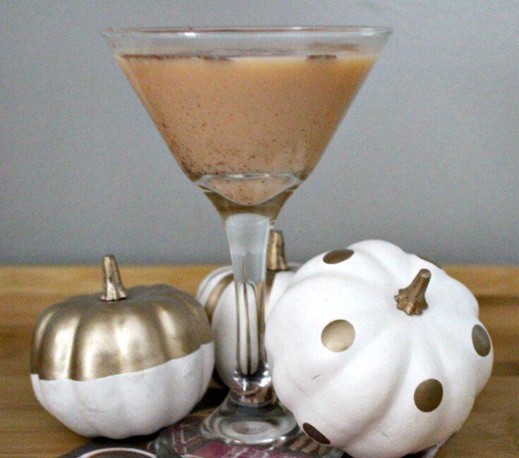 pumpkin pie martini with pumpkins