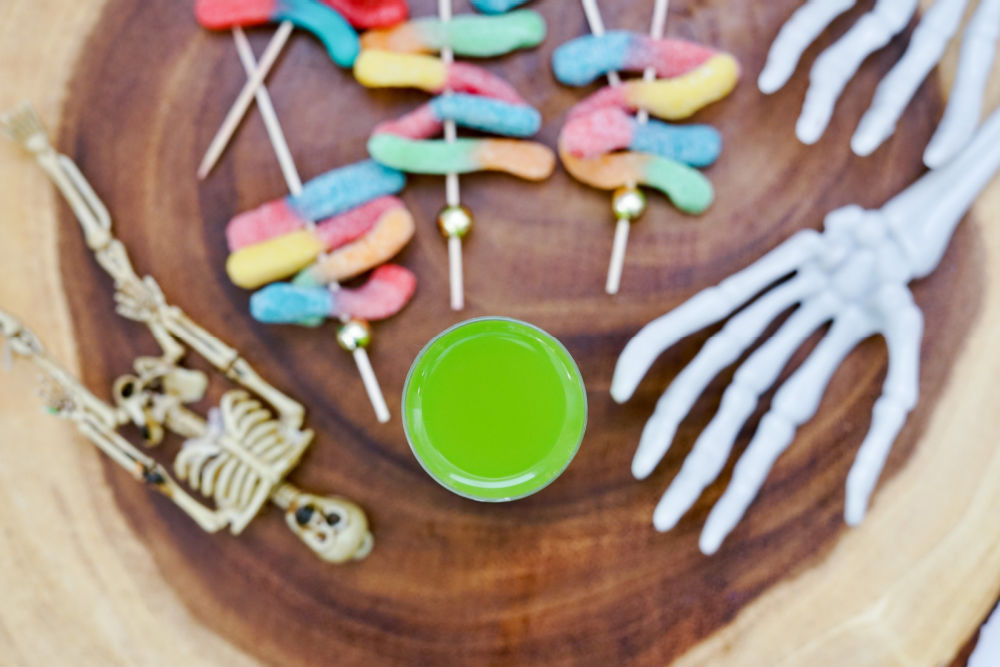 adding gummy worms to Halloween shooters
